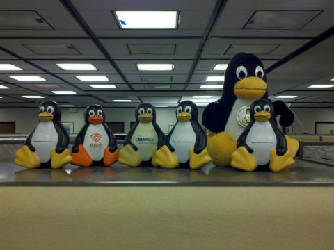 CVE-2012-0056+Linux+privilege+escalation